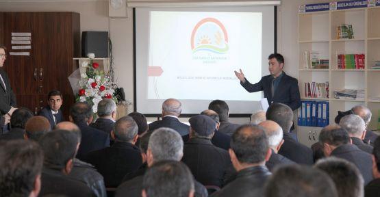 AHLAT'TA 'BUZAĞI ÖLÜMLERİNİN ÖNLENMESİ' TOPLANTISI YAPILDI