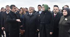 AİLE VE SOSYAL POLİTİKALAR BAKANI KAYA'DAN AHLAT'A  ZİYARET