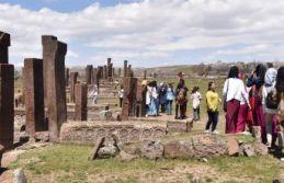 Selçuklu Meydan Mezarlığı'nda Ziyaretçi...