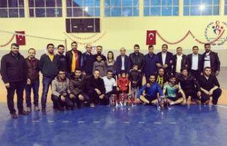 Ahlat'ta 'Kurumlar Arası Voleybol Turnuvası'...
