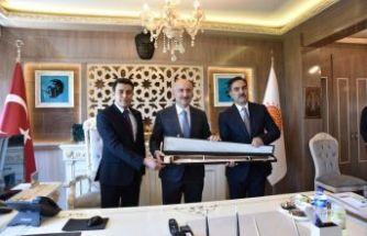 Bakan Karaismailoğlu'ndan, Ahlat Belediyesi'ne ziyaret
