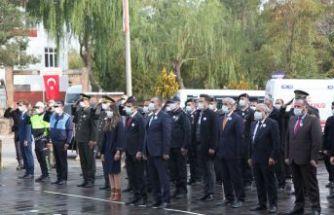 Atatürk, Ebediyete İntikalinin 82. Yıldönümünde Ahlat'ta Anıldı