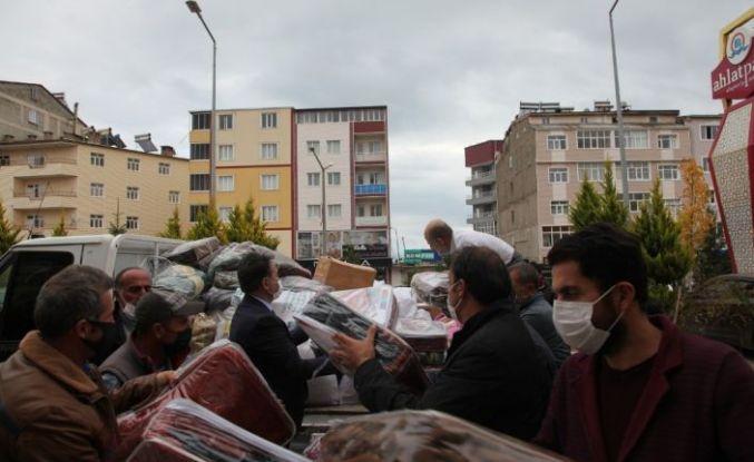 Ahlat'ta İzmirli Depremzedeler İçin Yardım Seferberliği